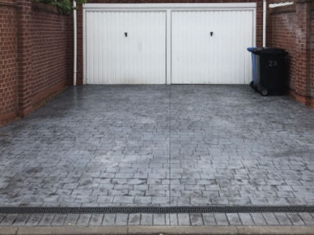 Resurface driveway Timperley