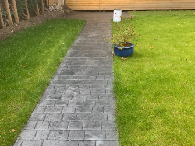 Full landscape in Heald Green, Stockport by Lasting Impressions Driveways